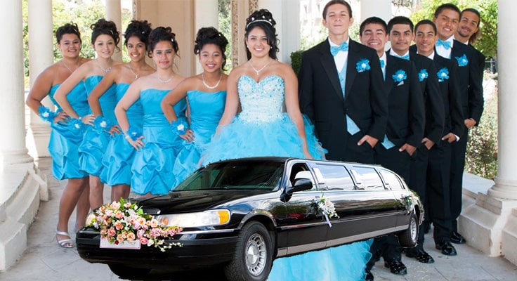 image of group of boys and girls for quinceanera and limousines