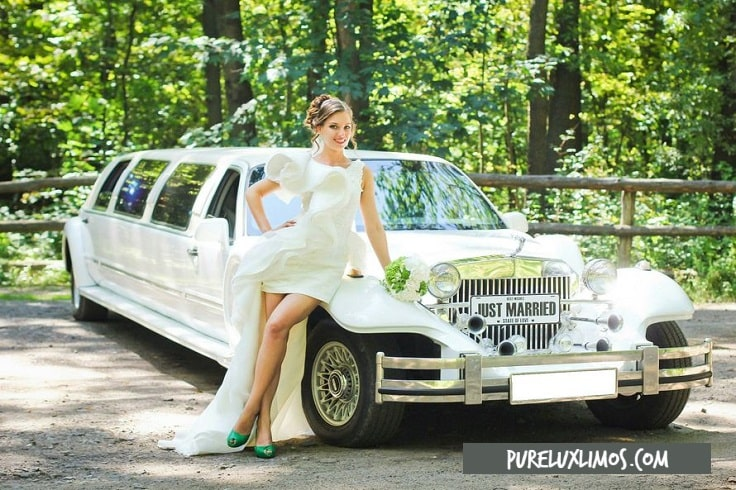 image is showing a bride and old fashion wedding limo in San Francisco
